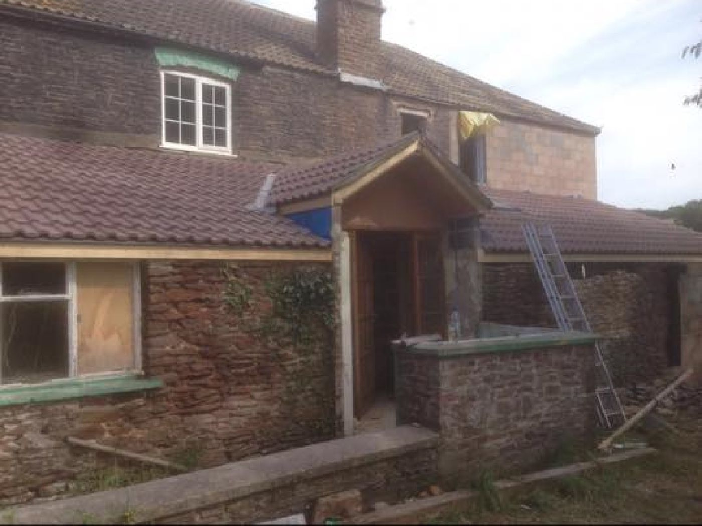 Honiton tiled roof